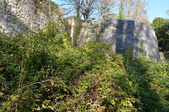 Forteresse Saint-Amand-Montrond après abandon